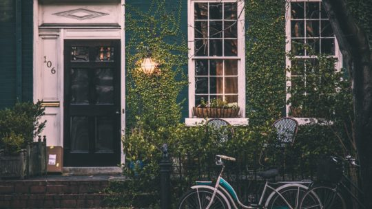 Få drømmeboligen i hus med en købermægler